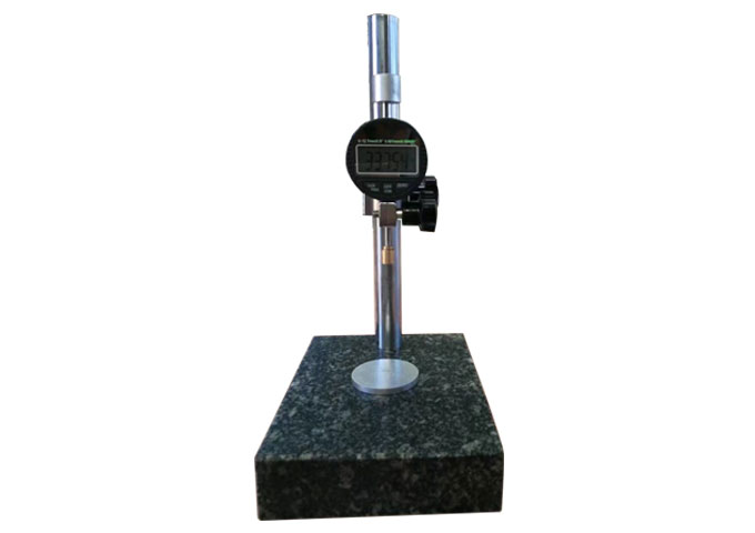 土工膜糙面厚度仪